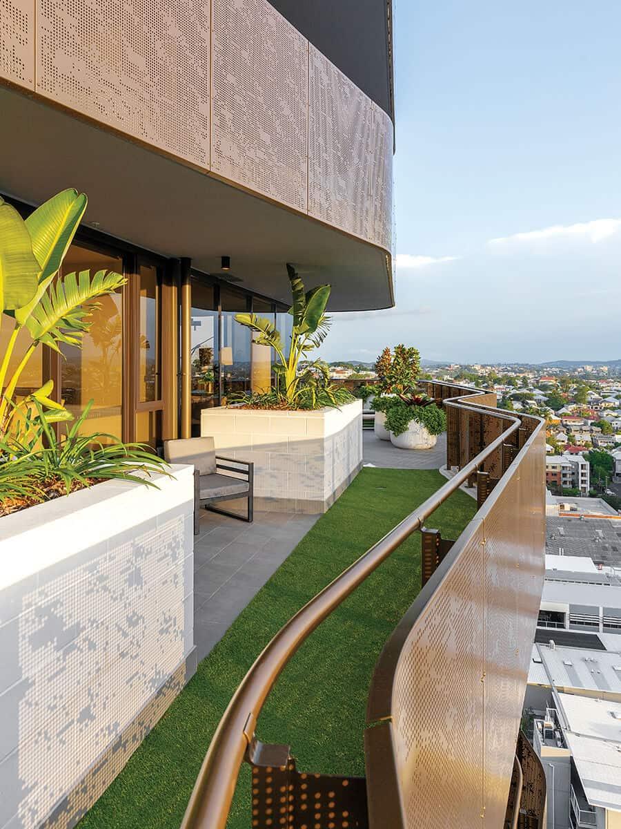 chester ella balcony Kokoda Property